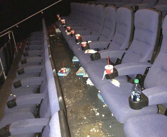 4.Посетители кинотеатров, которые, уходя, оставляют после себя горы мусора, ведь его можно легко забрать с собой. люди, привычки, факты