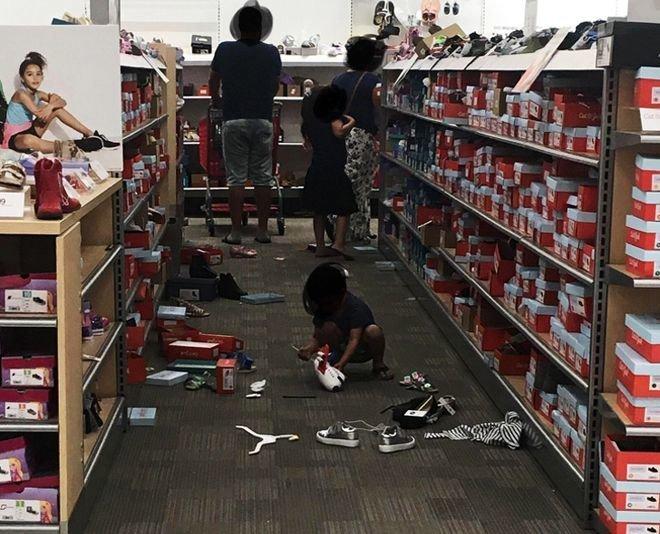 6.Родители, которые разрешают своим детям трогать и разбрасывать в магазинах все, что им хочется, «ведь это же ребенок». люди, привычки, факты