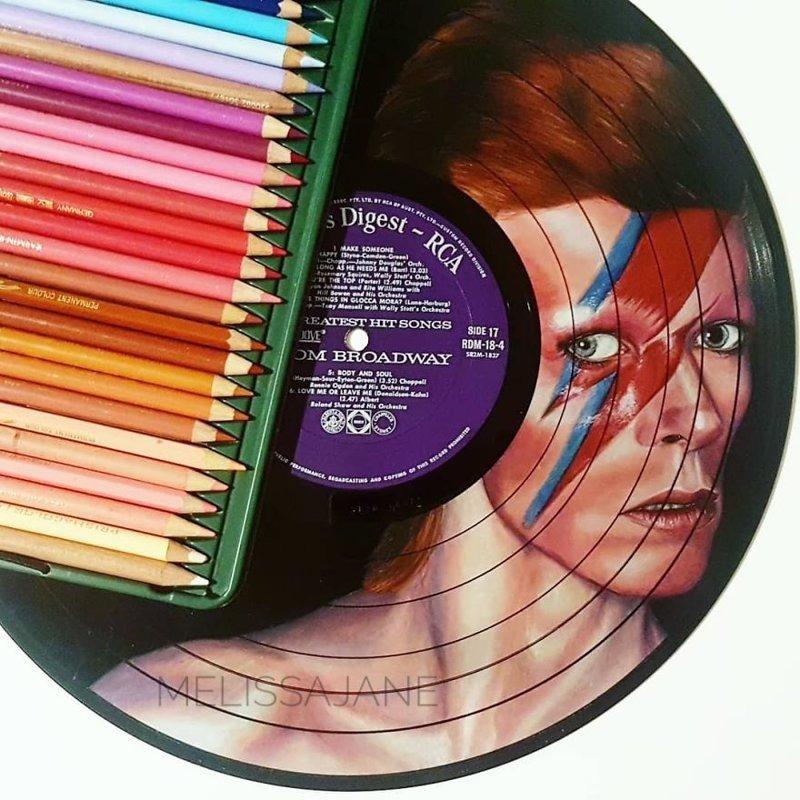 9. Дэвид Боуи виниловые пластинки, знаменитости, искусство, креатив, портреты, рисунки, творчество, художник