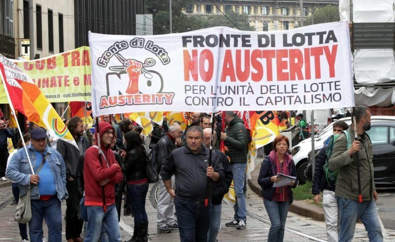 В Италии прошла забастовка с требованием снизить пенсионный возраст видео, забастовка, италия, коммунизм