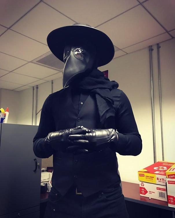"8. ""Я преподаю микробиологию. На Хэллоуин рассказывал студентам о чуме"" Хэллоуин дети, Хэллоуин костюм, Хэллоуин. костюм, маскарадные костюмы, маскарадный костюм, наряд на хеллоуин, праздник, хэллоуин"
