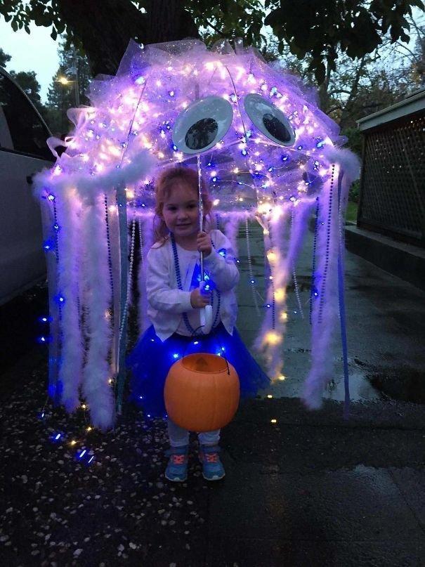 28. Медуза Хэллоуин дети, Хэллоуин костюм, Хэллоуин. костюм, маскарадные костюмы, маскарадный костюм, наряд на хеллоуин, праздник, хэллоуин