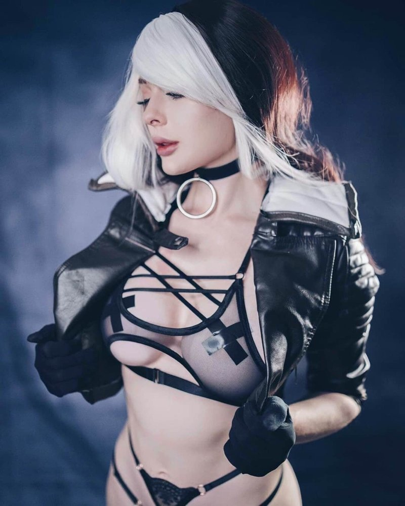 X men rogue cosplay nude pics, bare naked vagina pictures