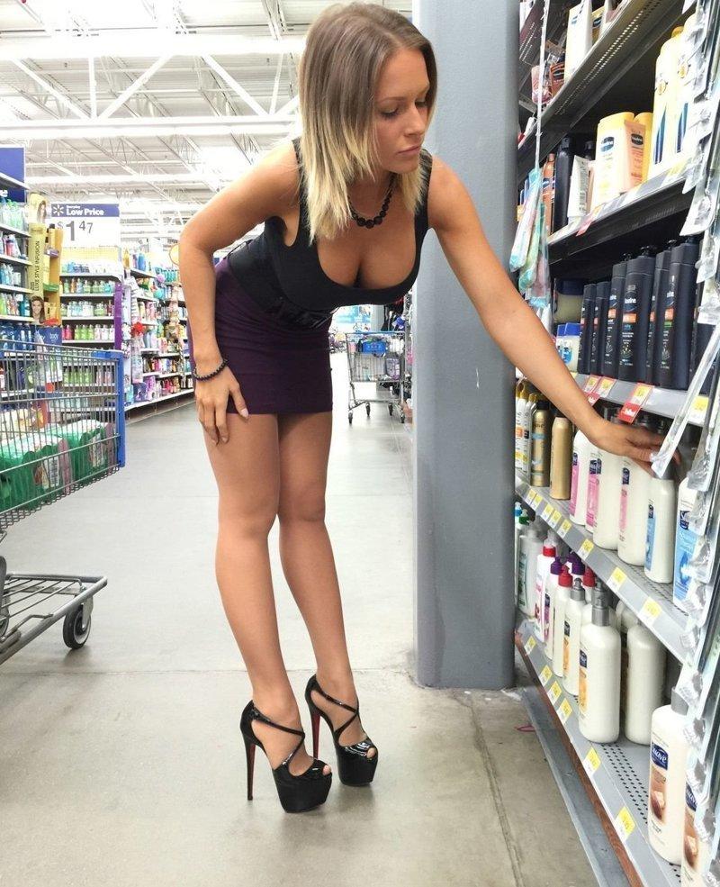 8. девушки, красиво, супермаркет, фото