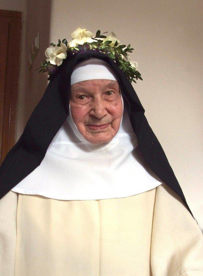 В возрасте 110 лет скончалась самая старая монахиня в мире