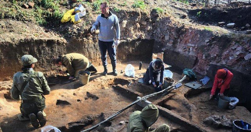 В Подмосковье раскопали мамонта с сюрпризом внутри ynews, археология, кости, мамонт, находка, секрет, сюрприз