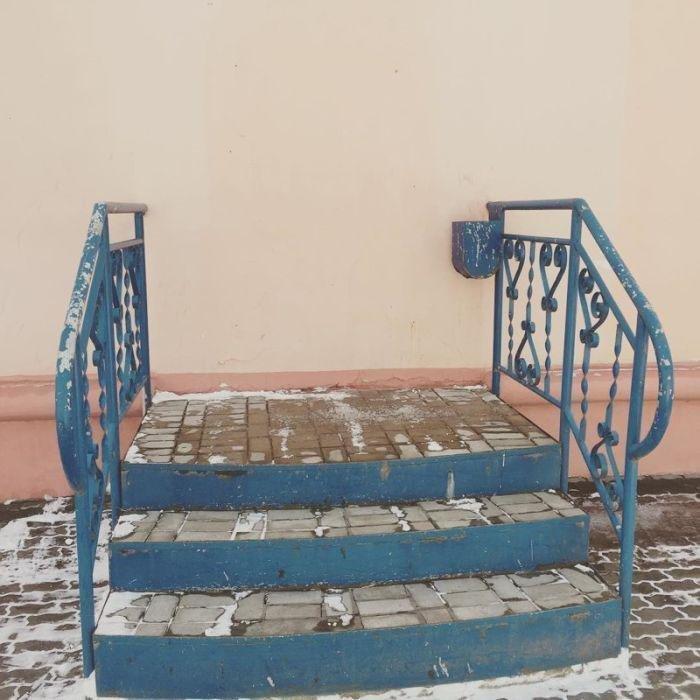 8. Еще одна лестница в никуда дизайн, ляпы, подборка, ремонт, строительные маразмы, строительство, фото, юмор
