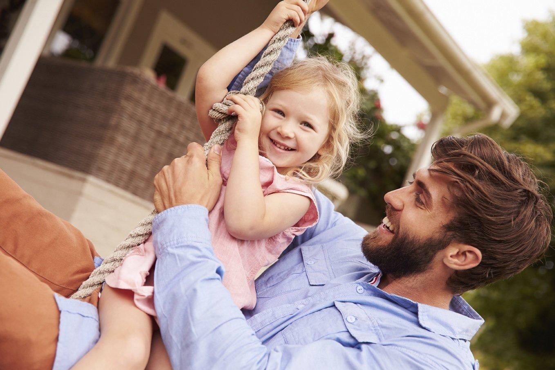 Фото секса пап с дочерьми, Секс папы с дочкой. Смотреть отец с дочкой порно фото 10 фотография