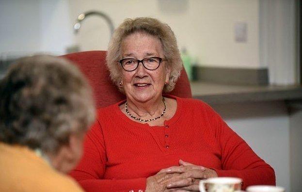 Чем занимаются пенсионеры в домах престарелых интернаты для престарелых и инвалидов в днр