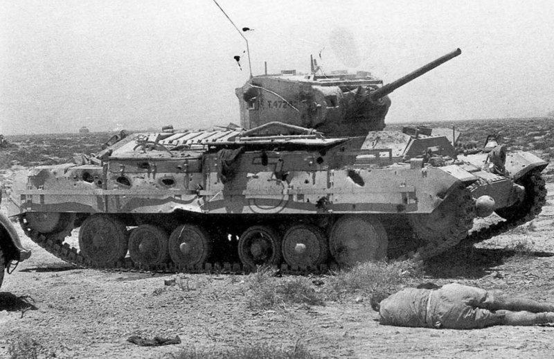 Уничтоженный британский пехотный танк «Валентайн». Битва за Эль-Аламейн, осень 1942 г. Великая отечественая война, архивные фотографии, вторая мировая война