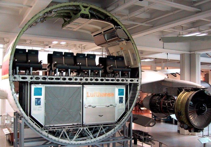 8. Фюзеляж Airbus A300 в разрезе, вещи в разрезе, интересно, пополам, фото