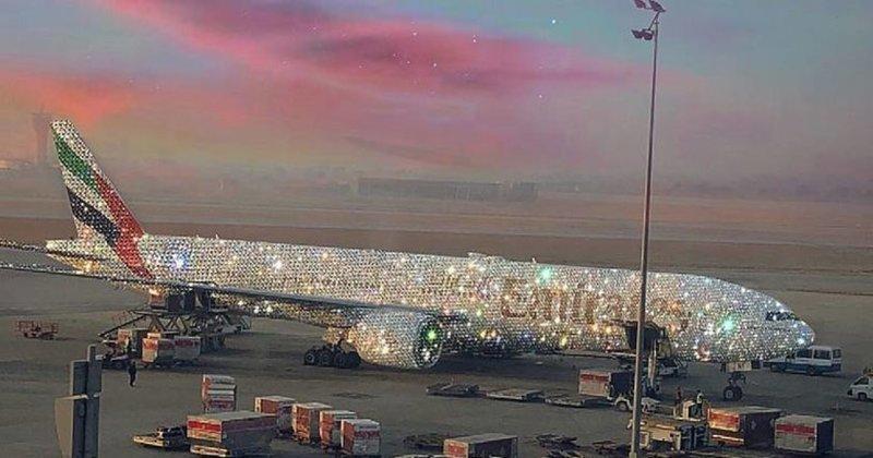 Алсу в роскошных бриллиантах появилась на публике в Дубае