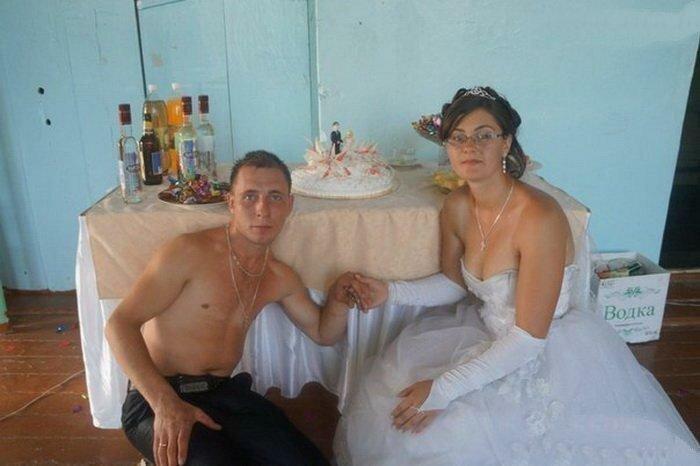 Романтика деревенских свадеб, которую должен увидеть каждый деревня, невеста, платье, праздник, прикол, свадьба, село, юмор