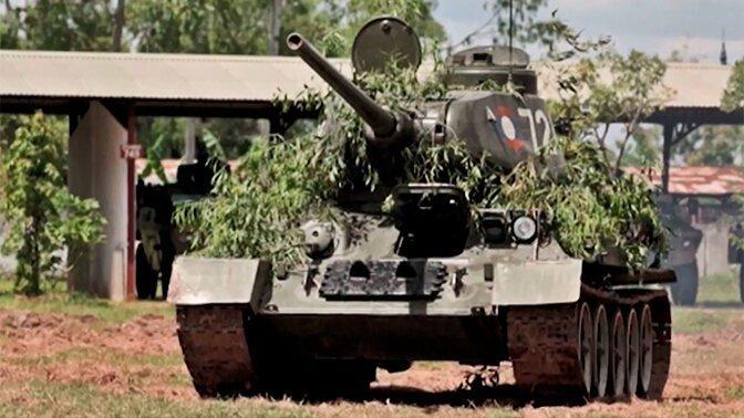 Российские военные приняли от коллег из Лаоса 30 танков Т-34