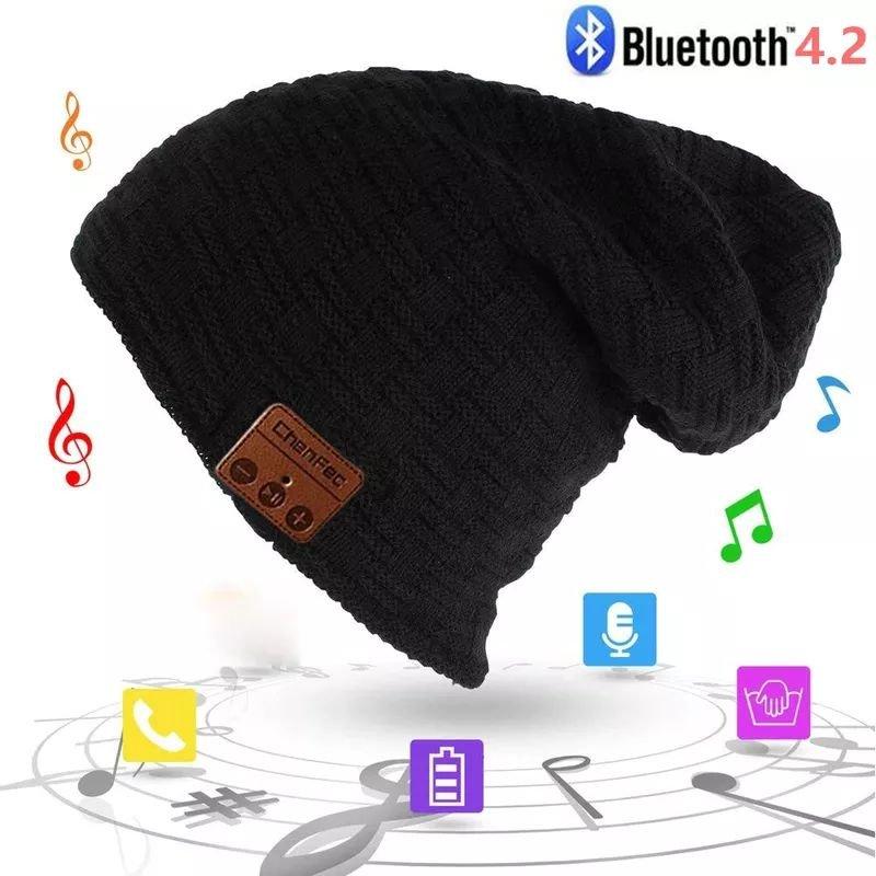 Шапка с встроенной Bluetooth гарнитурой