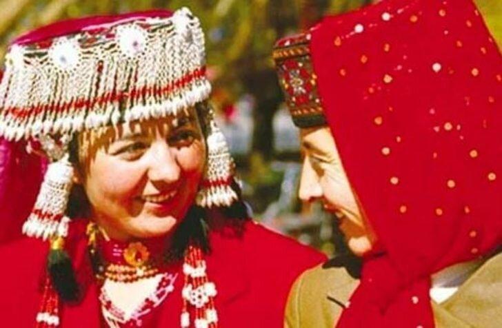 5. Казнь цыпленка в Китае и Монголии еда, жених и невеста, обряд, свадьба, традиции, традиции мира