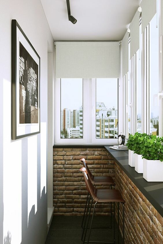 5. Безусловно, в любом случае самым выигрышным цветом является белый, однако зеленый цвет и контрастная стена тоже добавят изюминку. А если установить зеркальную дверь на шкаф, то узкая лоджия увеличится визуально балкон, дизайн, идеи для ремонта, маленький балкон, ремонт, своими руками, фото