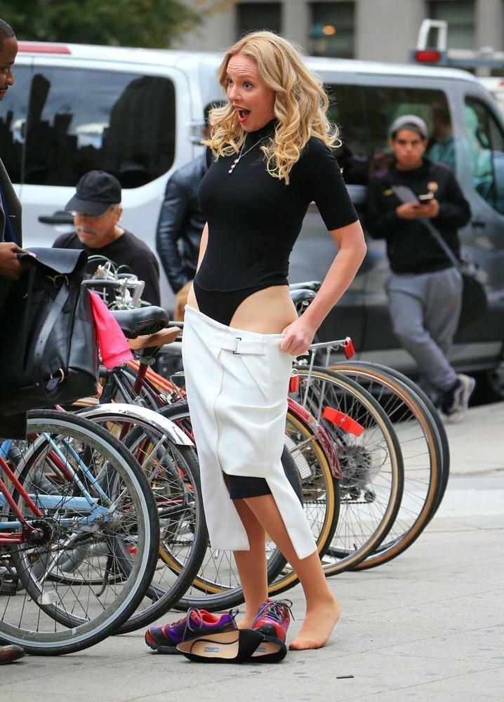 3. Кэтрин Хайгл звезды, красная дорожка, неловкость, одежда, ошибка, папарацци