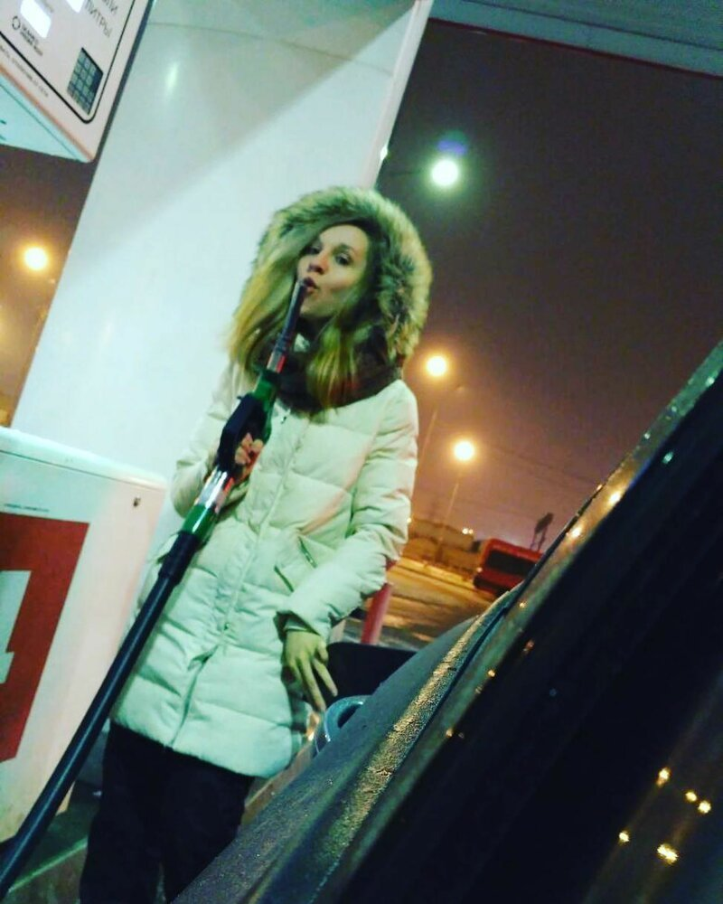 14. Иногда люди ведут себя довольно странно девушки, когда никто не видит, люди, палево, прикол, смешно, спалились, фото