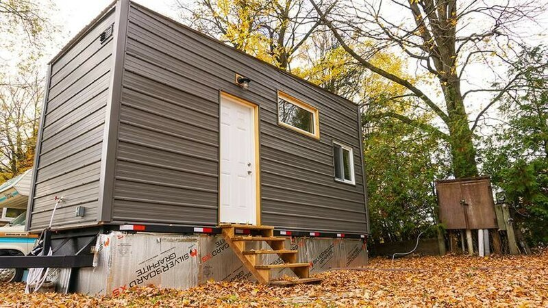 Молодой инженер соорудил уютный дом на колесах, потратив 15 тысяч долларов до и после, жилье, идеи, инженер, ремонт, своими руками, строительство, фото