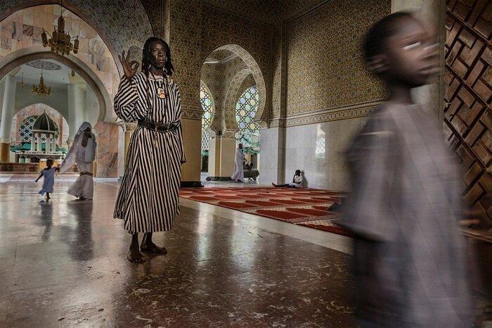 1. Сектант Бай Фол в Великой мечети, Туба (Сенегал) конкурс, фото, это интересно