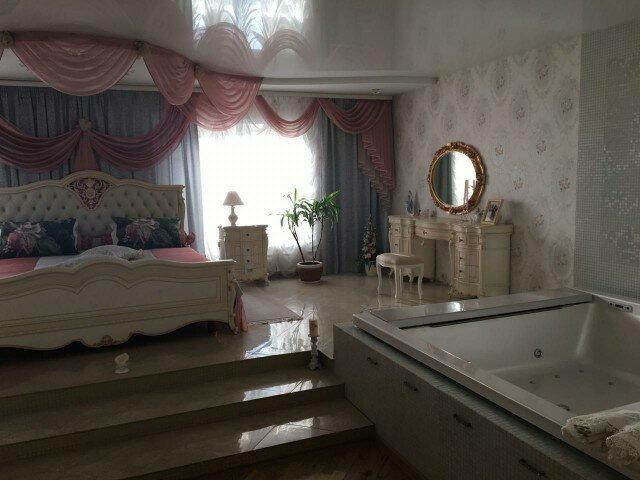 В доме начальника управления мэрии Новосибирска провели обыск. Опера просто обалдели от увиденного коррупция, политика, факты