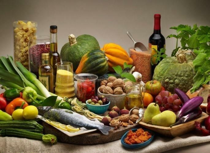 Российский диетолог опроверг мифы о 7 вредных продуктах