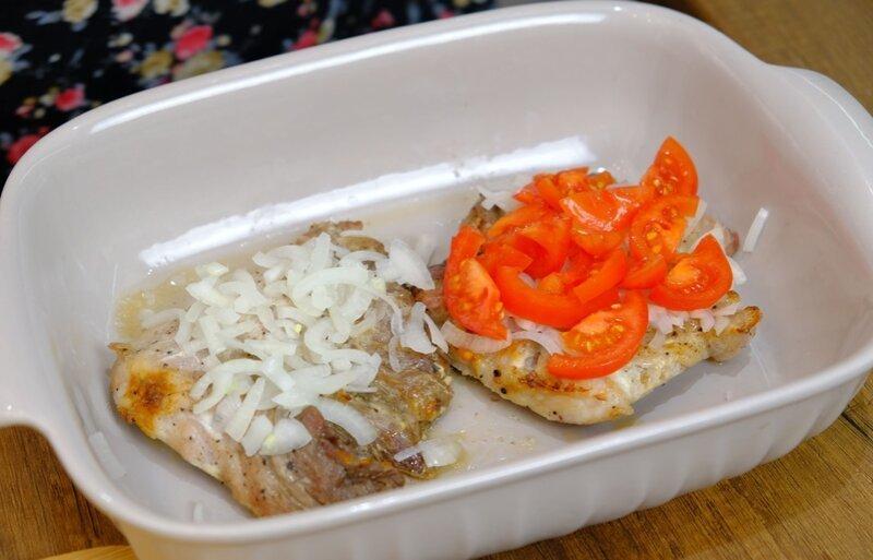 Под такой шубкой любое мясо будет сочным! Рецепт мяса в духовке на обед или на праздничный стол вкусные рецепты, мясо в духовке, мясо под шубкой, рецепты, свинина в духовке, свинина рецепт