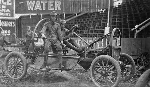 Автополо: опасный вид автоспорта начала XX века, в который играли рисковые парни
