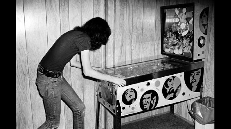 Rock & Roll & Pinball