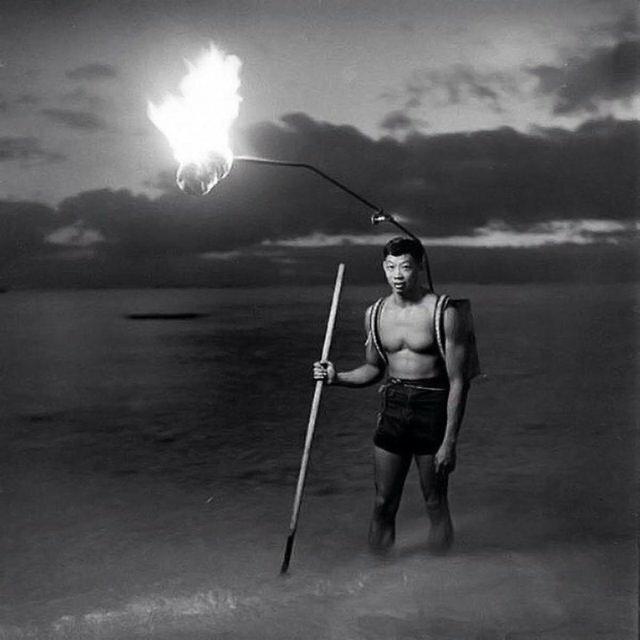 21. Ночная рыбалка на Гавайях, 1948 год архив, исторические фото, фото, фото из прошлого