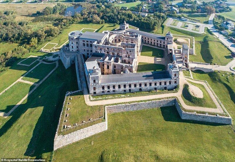 2. Замок Крыжтопор, Польша