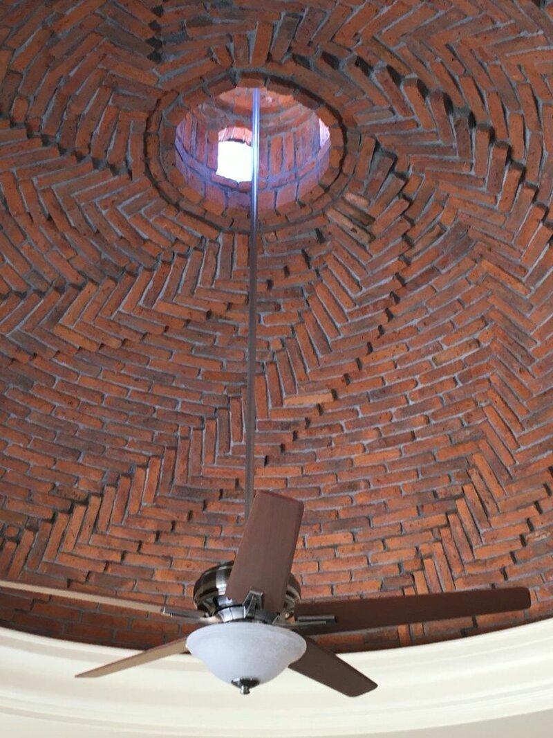 Видели такое? Кирпичные своды и лестницы - секреты строительства Фабрика идей, интересное, искусство. красота, кирпич, своды, стройка