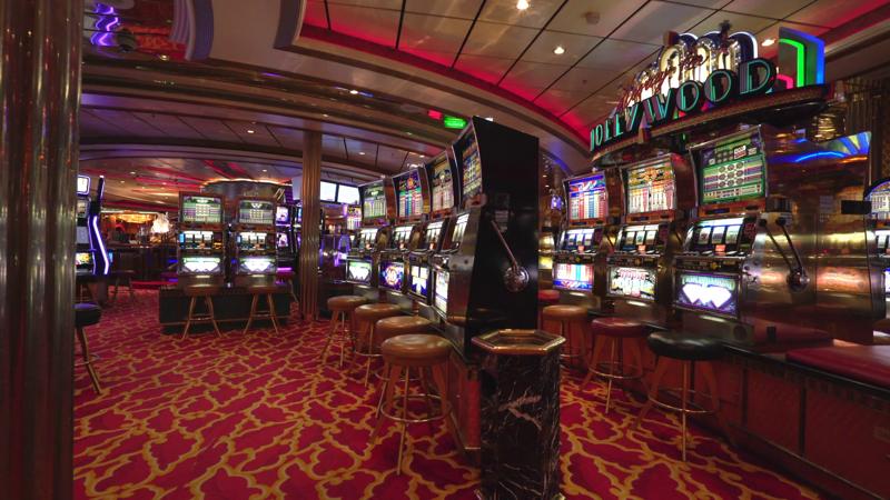 Iх век казино играть покер мира в онлайн