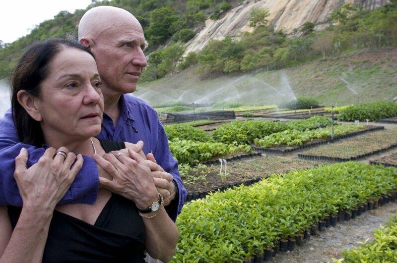 Бразильский фотограф Себастьян Сальгадо и его жена Лелия Делюис Ваник решили показать, на что способна небольшая группа преданных своему делу людей Сальгадо, бразилия, восстановление, истории, лес, природа, пустошь, фотограф