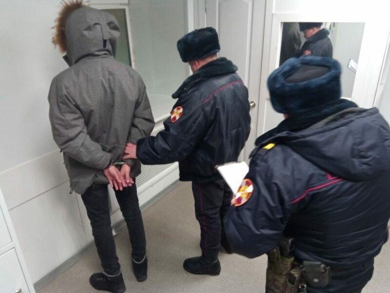 На сколько времени может задержать полиция без предъявления обвинений