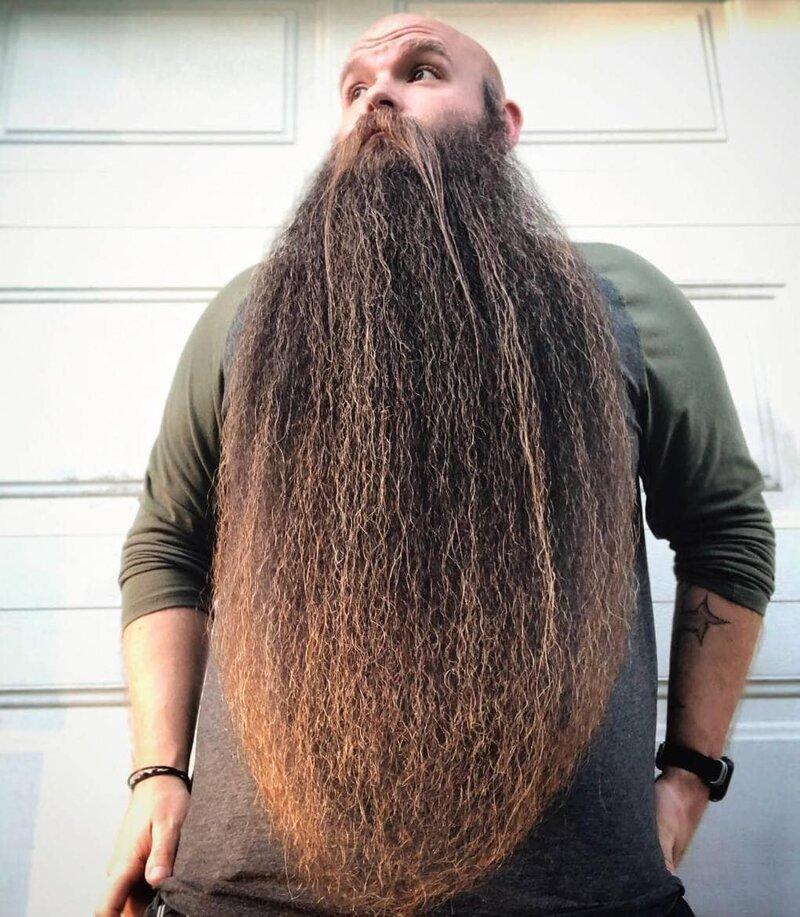 Кроме того, борода может и мешать Лэнсу — когда он ест, плавает и работает Лэнс Вутон, борода, в мире, волосы, истории, люди, мужчина, растительность