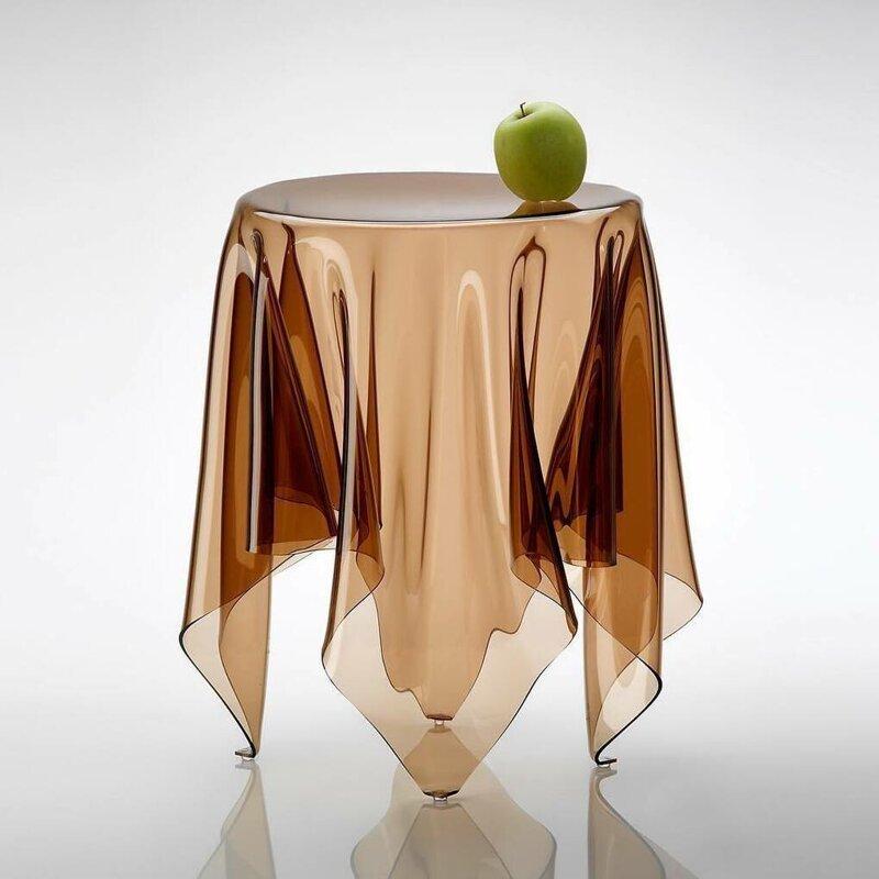 12. Невидимый стол от Джона Брауэра дизайн, дизайнеры, идея, креатив, талант, фото