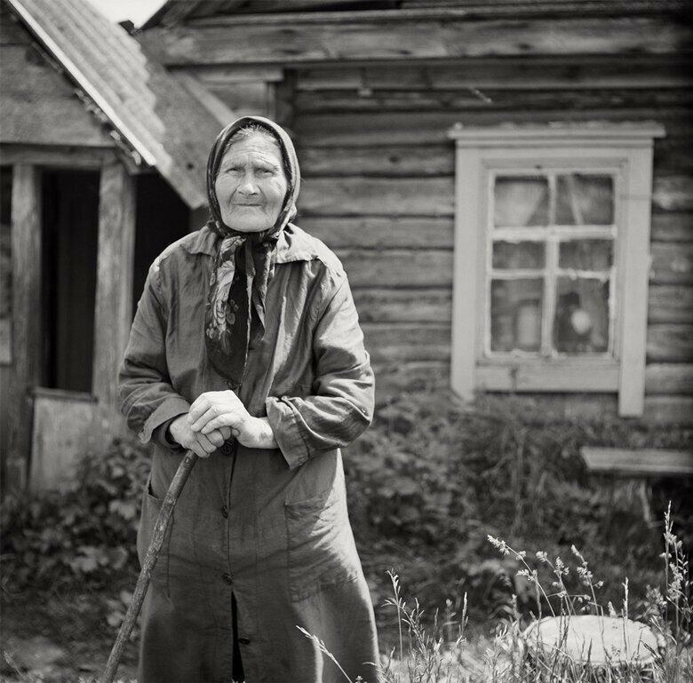 Фото большие черные деревенские женщины #11