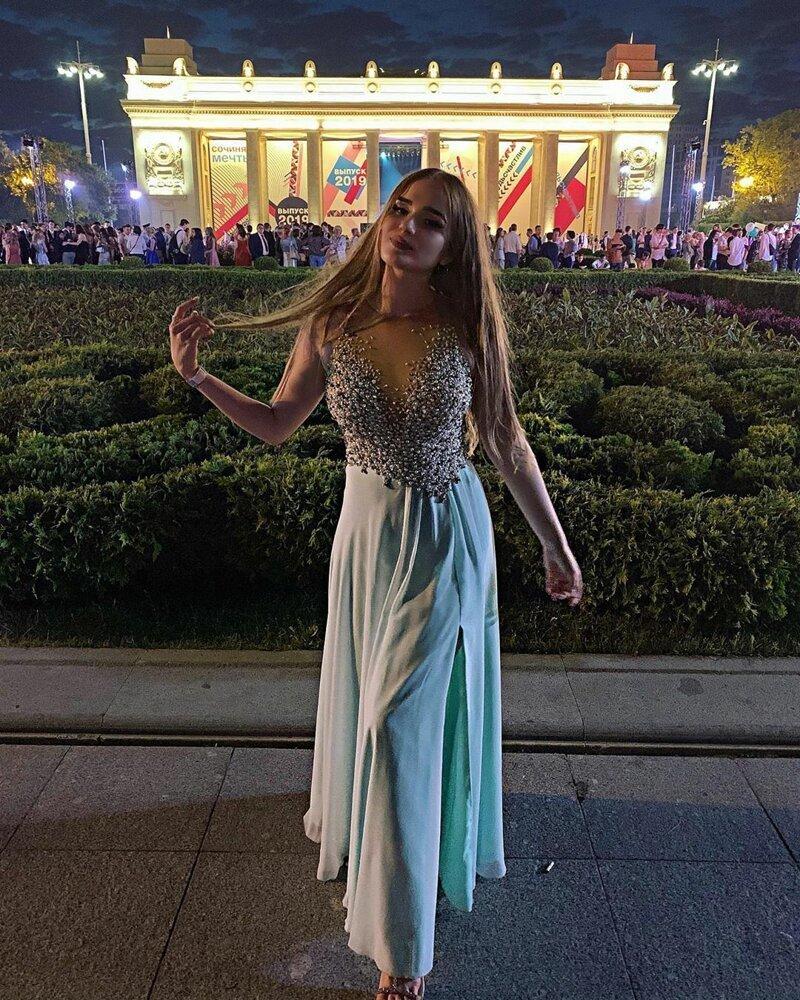 14. mini, выпускной, девушки, декольте, красота, школа