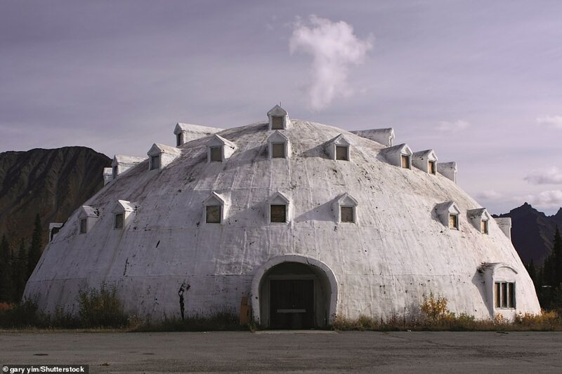 10. Igloo City, Кантуэлл, Аляска