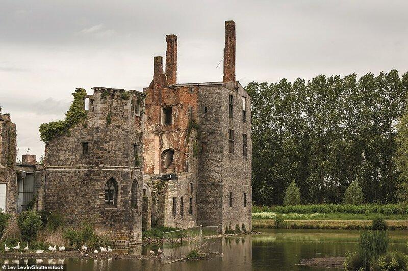 5. Гаврский замок, Монс, Эно, Бельгия