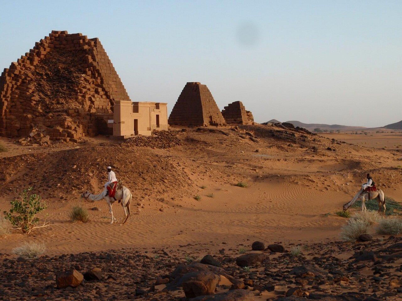 японии судан пирамиды фото дело