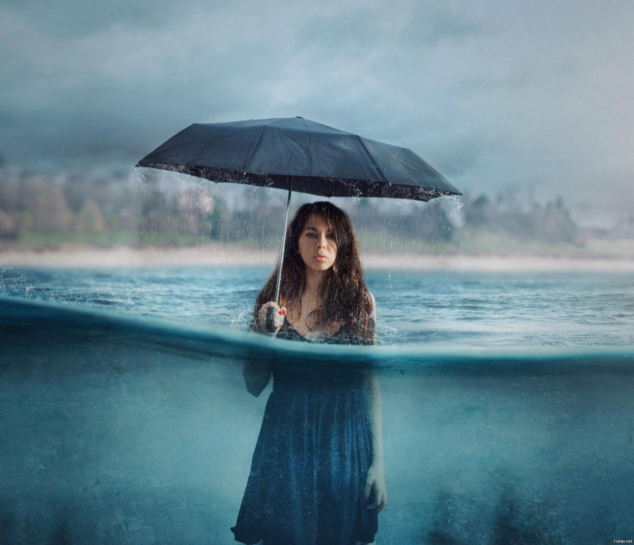 Картинки женщина под дождем