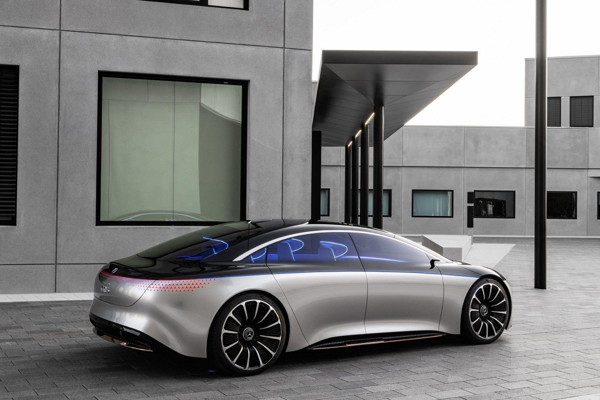 Mercedes-Benz Vision EQS: полностью электрический S-класс из будущего