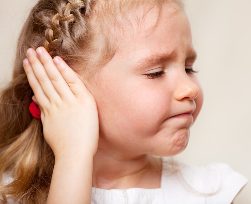 4 наиболее часто встречающихся причины боли в ухе