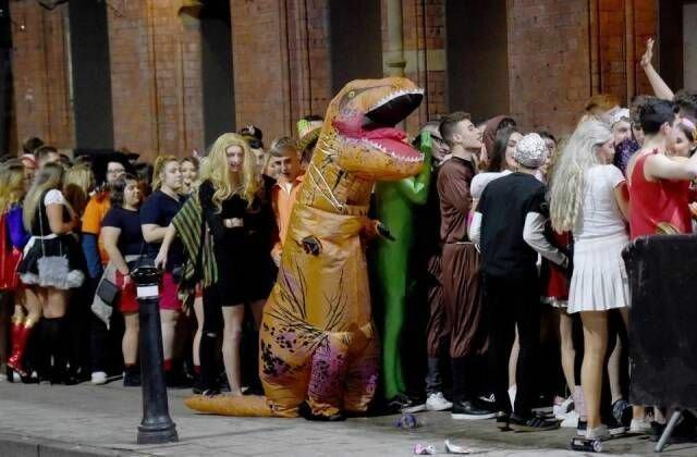 Эти вездесущие динозавры