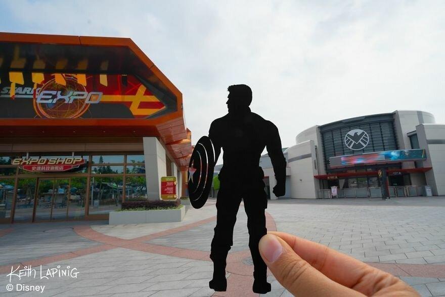 Художник воссоздает знаменитые мультфильмы в декорациях Диснейленда