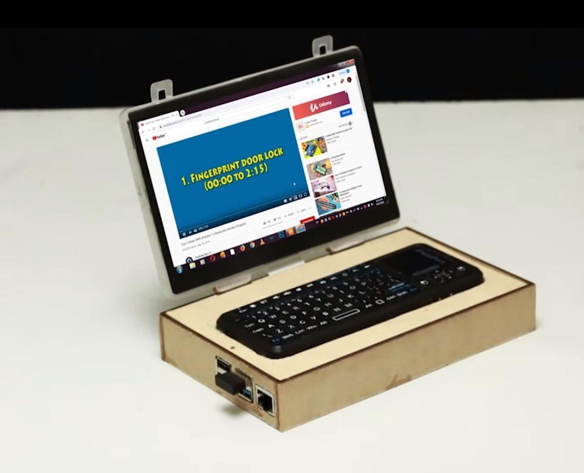 Энтузиасты собрали мини-ноутбук своими руками