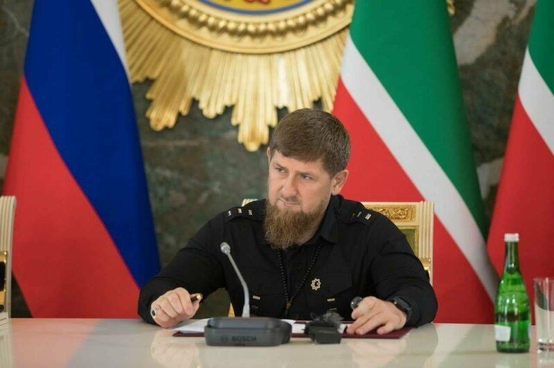 Кадыров призвал наказывать и убивать за оскорбления в интернете